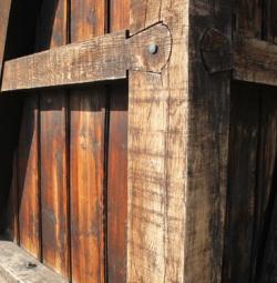 Kerítés építés szabályai. Hogyan és milyen alapanyagból?